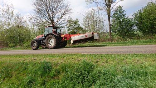 New Holland M 100 van HollandNew