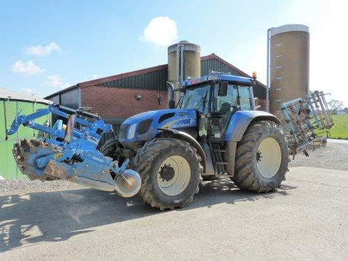 Foto van een New Holland TVT 190 van een boer. Geplaatst door dwho926 op 08-05-2017 om 22:40:32, op TractorFan.nl - de nummer 1 tractor foto website.