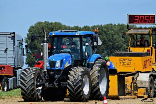 Afgelopen weekend meegedaan met trekkertrek in Waterlandkerkje.. Geplaatst door Zeemees op 12-06-2017 om 20:42:09, op TractorFan.nl - de nummer 1 tractor foto website.