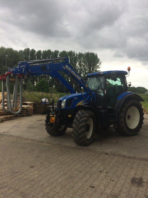 New Holland TS 135 A van nhmonteur