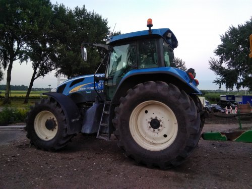 New Holland TVT 155 van mklok