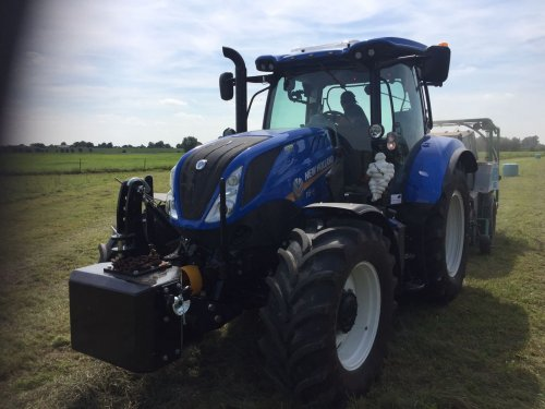 New Holland T 6.140, foto van jeet