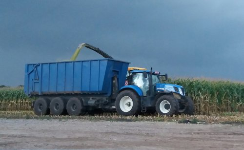 New Holland T 7.220 van larst7030