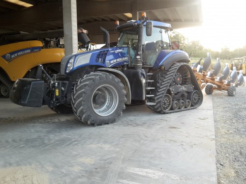 New Holland T 8.435 van TerraJohnDeerefan