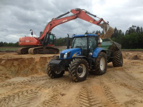 New Holland T 6080 van Templex2000