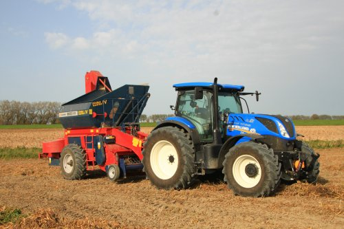 New Holland T 7.165 van alfredo