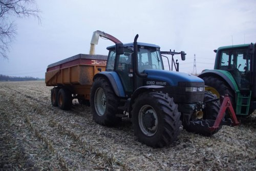 New Holland 8360 van jans-eising