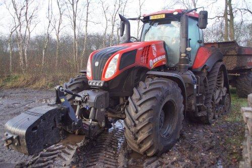 Foto van een New Holland T 8.385. Geplaatst door jans-eising op 02-03-2018 om 19:55:53, op TractorFan.nl - de nummer 1 tractor foto website.
