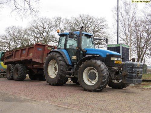 New Holland 8360 van oldtimergek