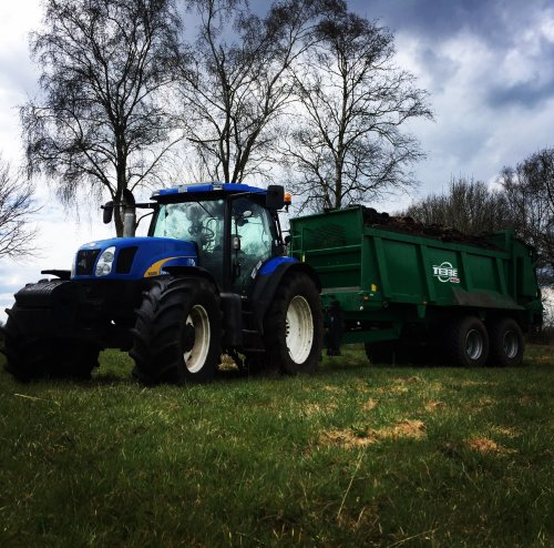 New Holland T 6000 van dresje80