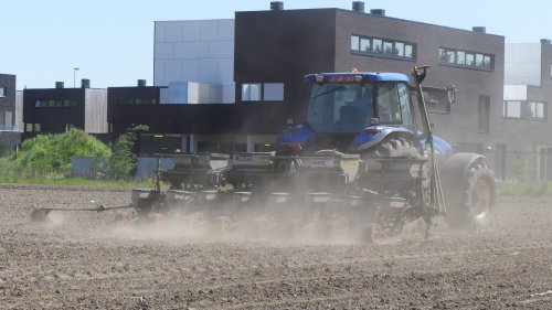 New Holland TM 155 van XC 70