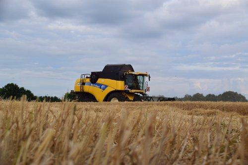 New Holland CX 8050 van jd7920