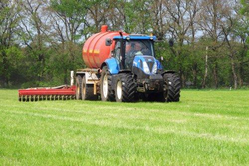 New Holland T 7.170 van pekkerietfan