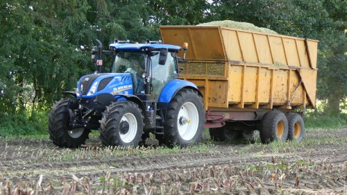 New Holland T 7.210 van XC 70