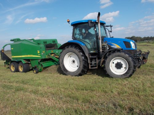 New Holland 70-A Serie van basia