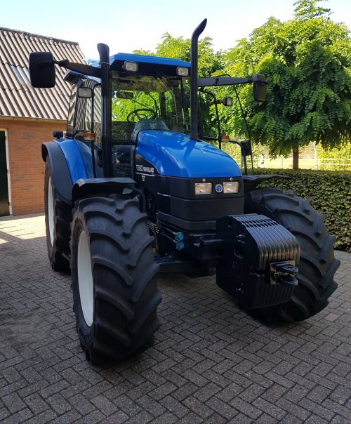 New Holland TS 90 van Fendt2001