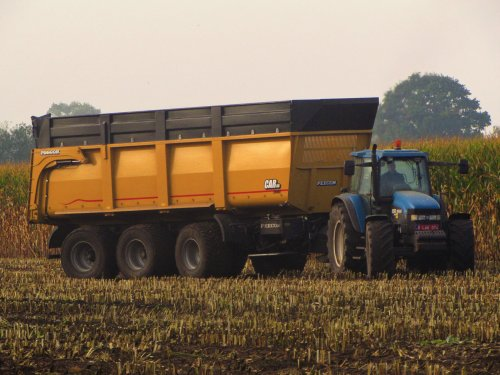 New Holland 8360 van fend1984