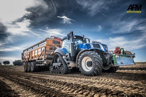 Video: https://www.youtube.com/channel/UChv7idHeG7ClOXKgosFJtTA/videos?view_as=subscriber. Geplaatst door Jan Ramon op 02-12-2018 om 18:21:28, op TractorFan.nl - de nummer 1 tractor foto website.