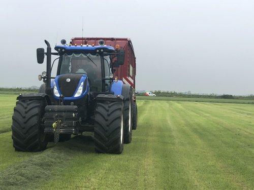 New Holland T 7.270 van Jt7250