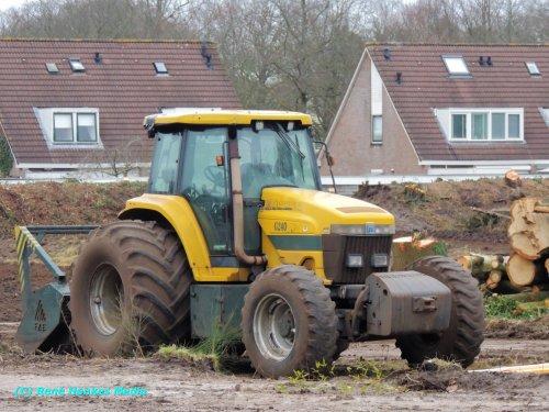 New Holland G 240 van René