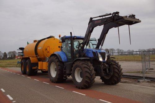 New Holland T 7.220 van jans-eising