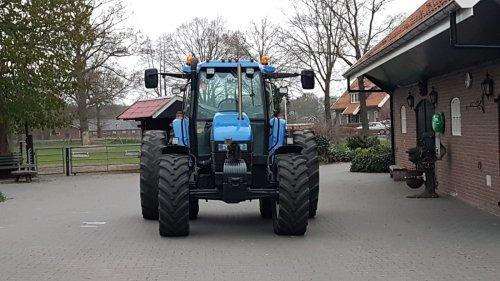 New Holland Sjomp van Fordje4600