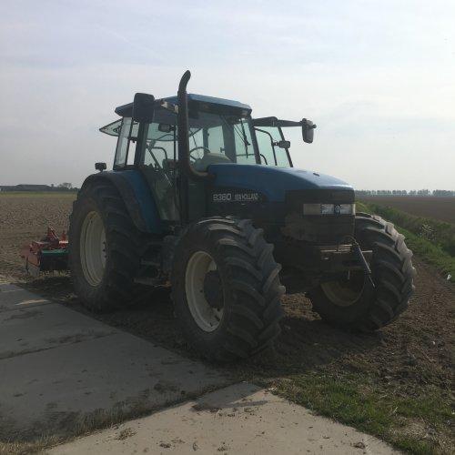 New Holland 8360 van Rik Engels