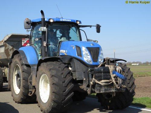 Foto van een New Holland T 7.270. Geplaatst door oldtimergek op 04-05-2019 om 06:53:45, op TractorFan.nl - de nummer 1 tractor foto website.