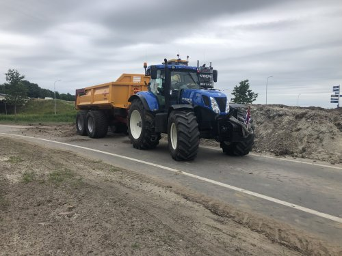 New Holland T 7.220 van jellehoekstra