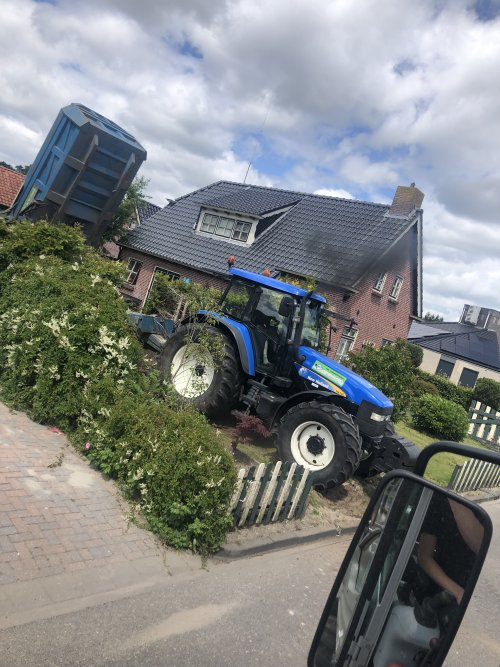 New Holland TM 140 van jellehoekstra