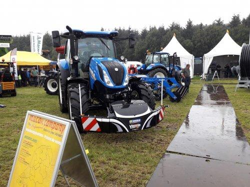 Foto van een New Holland T 6125 S?  Landbouwvakdagen Zuid Nederland en België 2019. Geplaatst door Jotke op 05-09-2019 om 12:37:15, op TractorFan.nl - de nummer 1 tractor foto website.