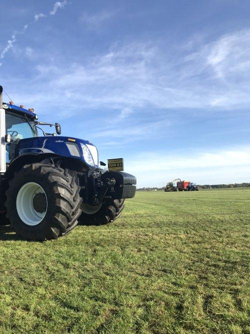 Hakselploeg B ook even op de foto. Geplaatst door mini loonwarker op 15-01-2020 om 12:12:20, op TractorFan.nl - de nummer 1 tractor foto website.