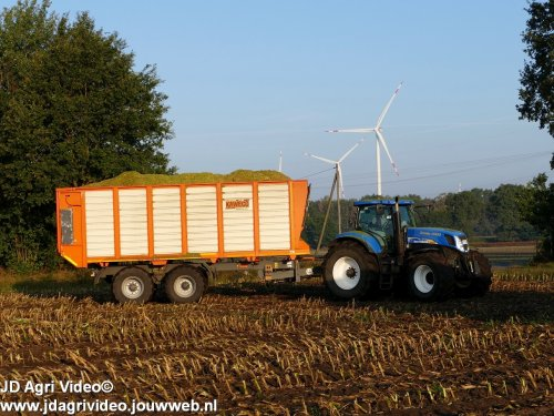New Holland T 7060 van JohanNunspeetElspeet