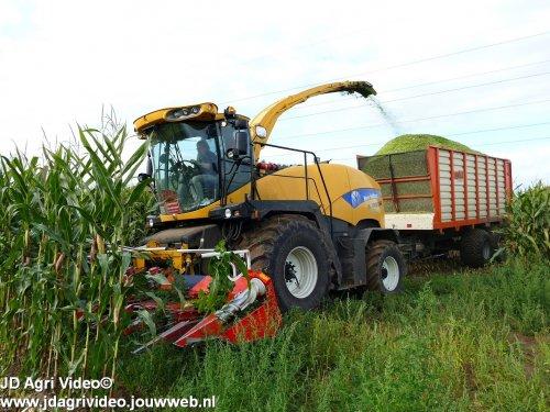 New Holland FR 9050 van JohanNunspeetElspeet