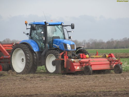 New Holland T 6.160 van oldtimergek