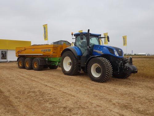 Foto van een New Holland T 7.275. Geplaatst door collin ihfan op 09-04-2020 om 22:50:25, op TractorFan.nl - de nummer 1 tractor foto website.