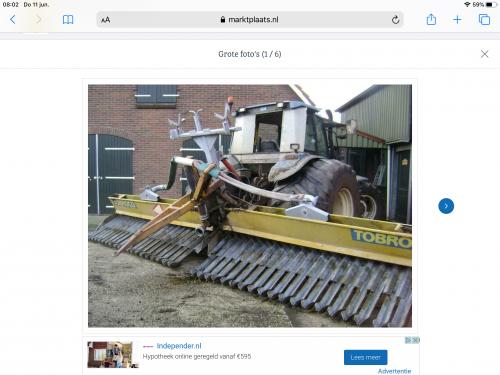 Foto van een New Holland Onbekend handig zo'n achterraam rij je niet zo snel kapot 😉. Geplaatst door newholland- op 11-06-2020 om 13:56:44, met 8 reacties.