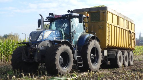 New Holland T 7.270 van XC 70