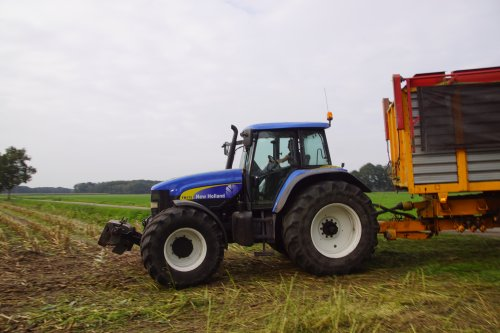 New Holland TM 175 van jans-eising