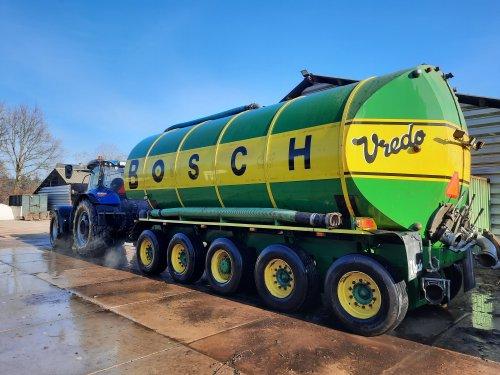 New Holland T 7.230 van dylan norde