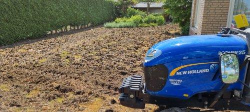 New Holland Boomer.. Geplaatst door johnnyboy op 06-06-2021 om 19:36:05, op TractorFan.nl - de nummer 1 tractor foto website.