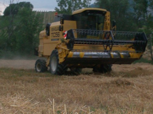 New Holland TC 56 van Victoor