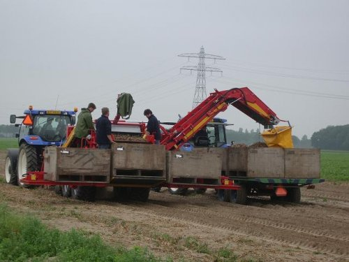 New Holland TS-A van bollenkweker
