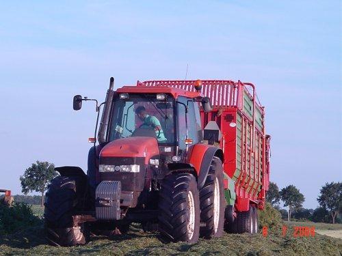 New Holland M 115 van NHT6080RC