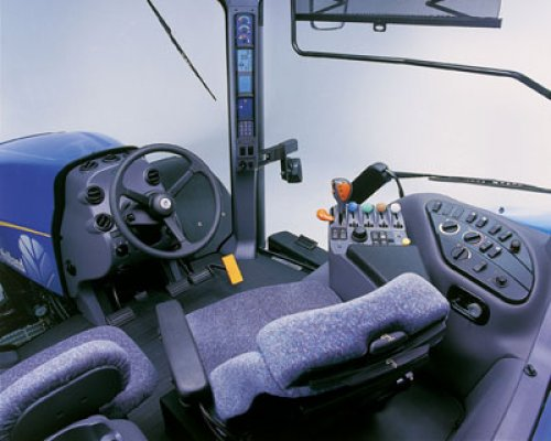 New Holland Interieur van paul