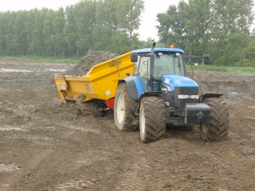 New Holland TM 175 van casemagnum