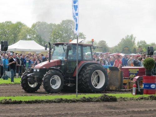 New Holland L 85 van CHALLENGERfan