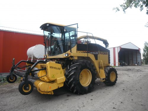 New Holland FX 300 van Baltus_steyr