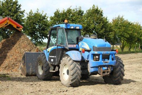 New Holland LM 435 A van alfredo