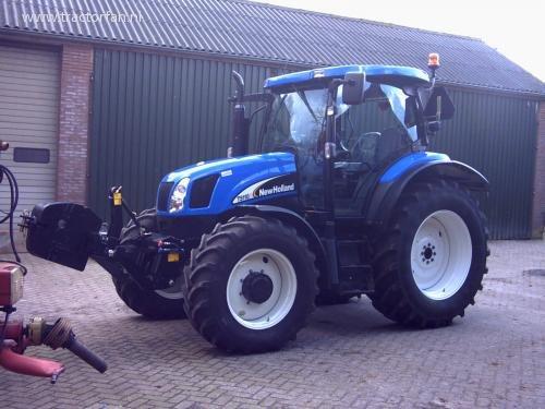 New Holland TS-A van TractorpullingFAN